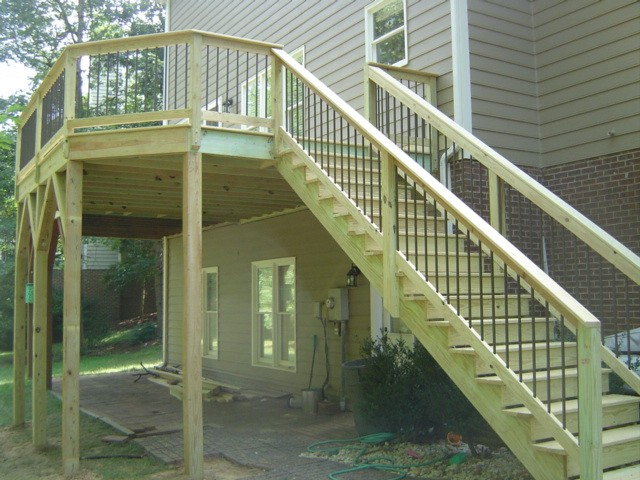 how to build a deck railing on stairs